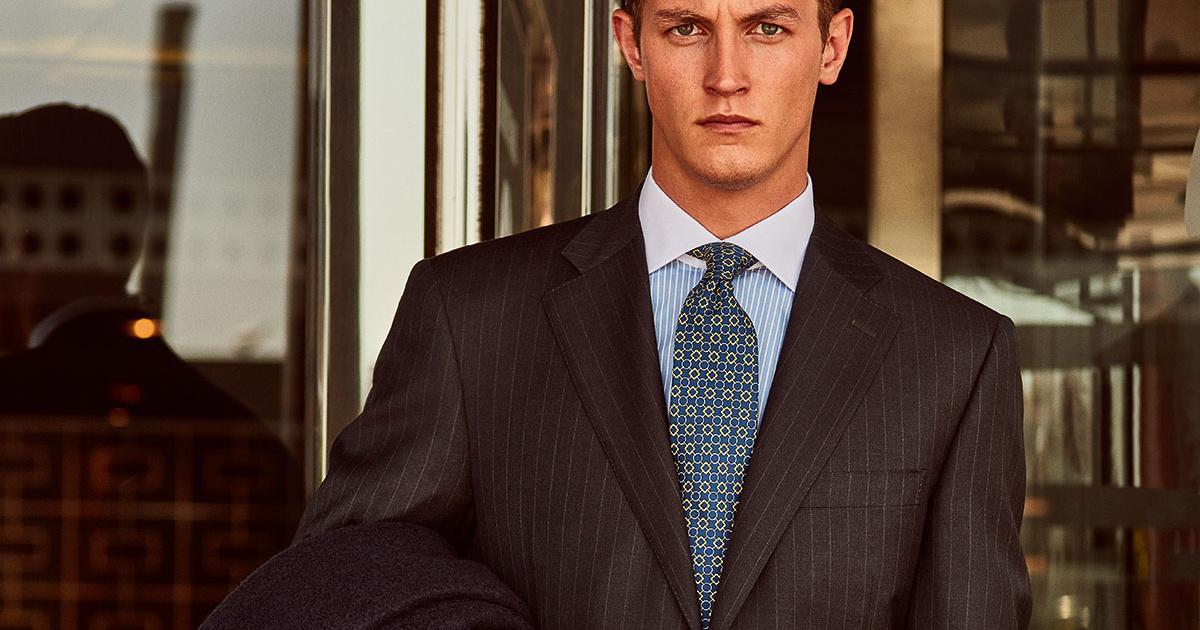 Corbata Estándar